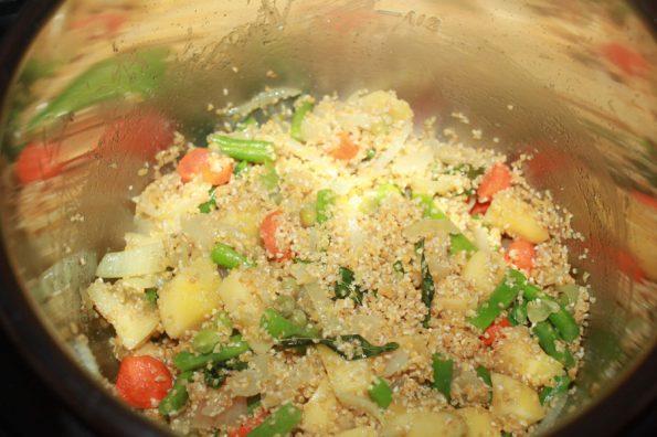 making upma instant pot