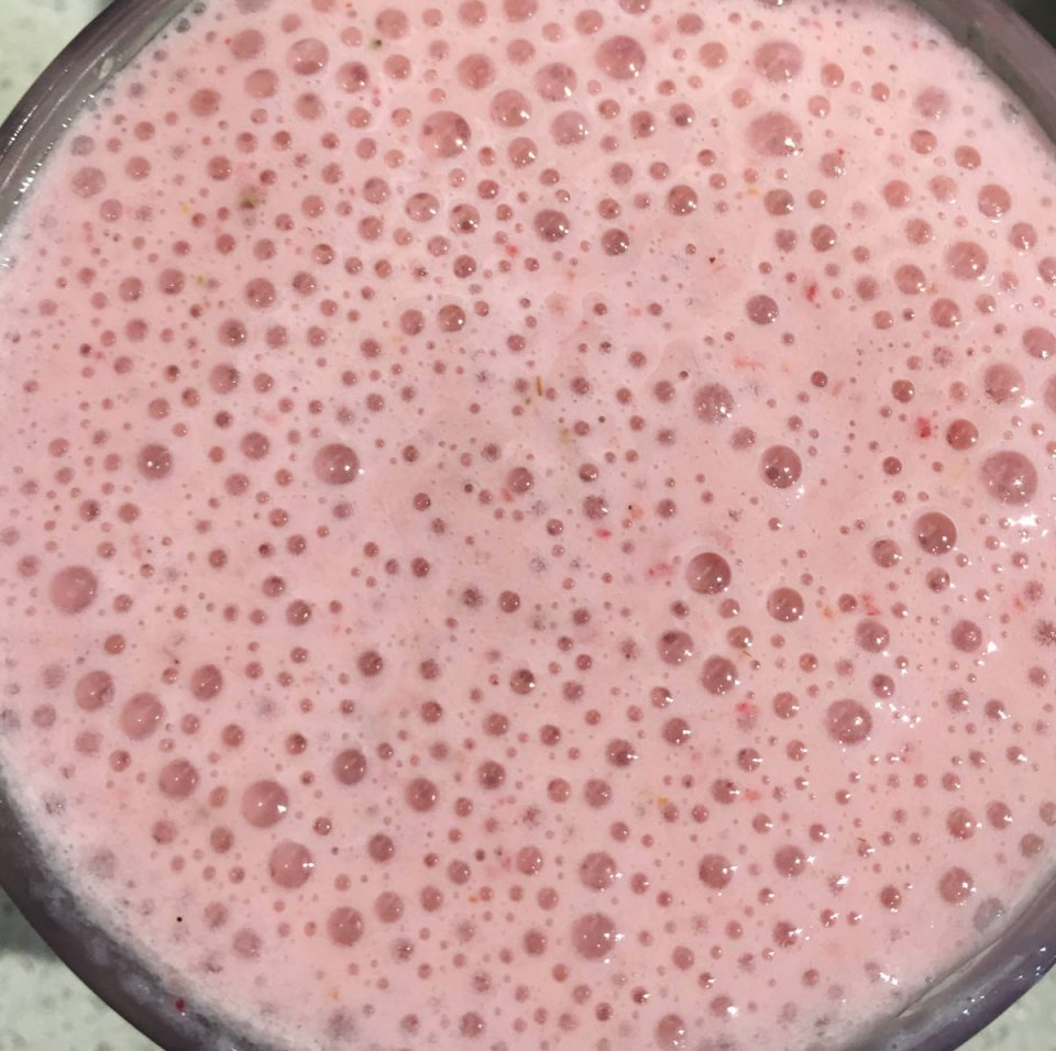 strawberry milkshake recipe creamy