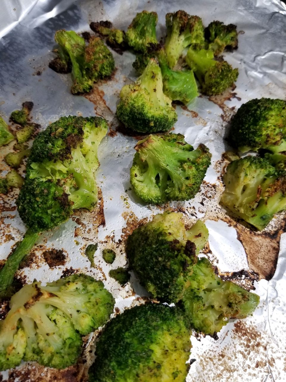how long to roast frozen broccoli