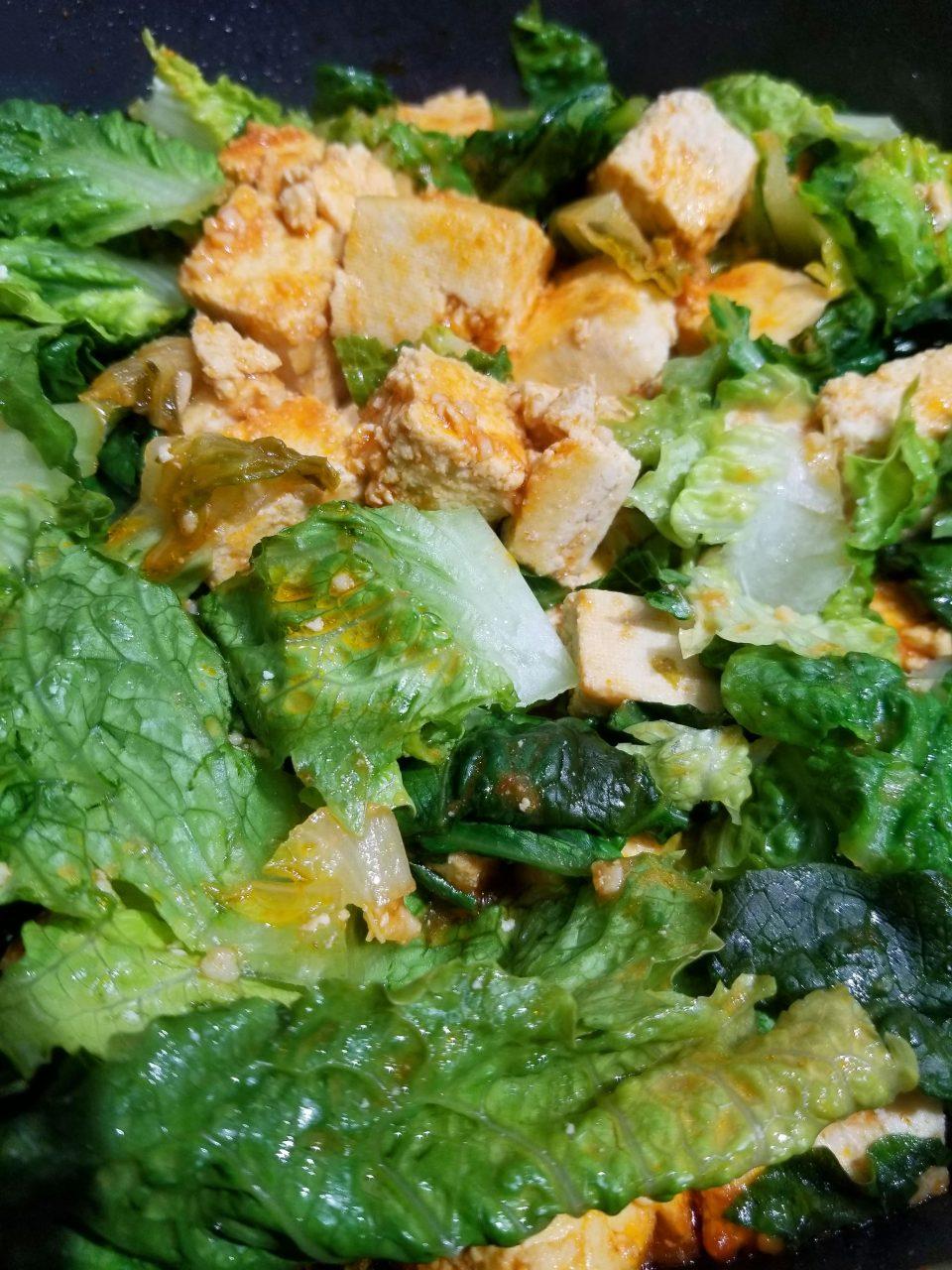 tofu scramble with lettuce