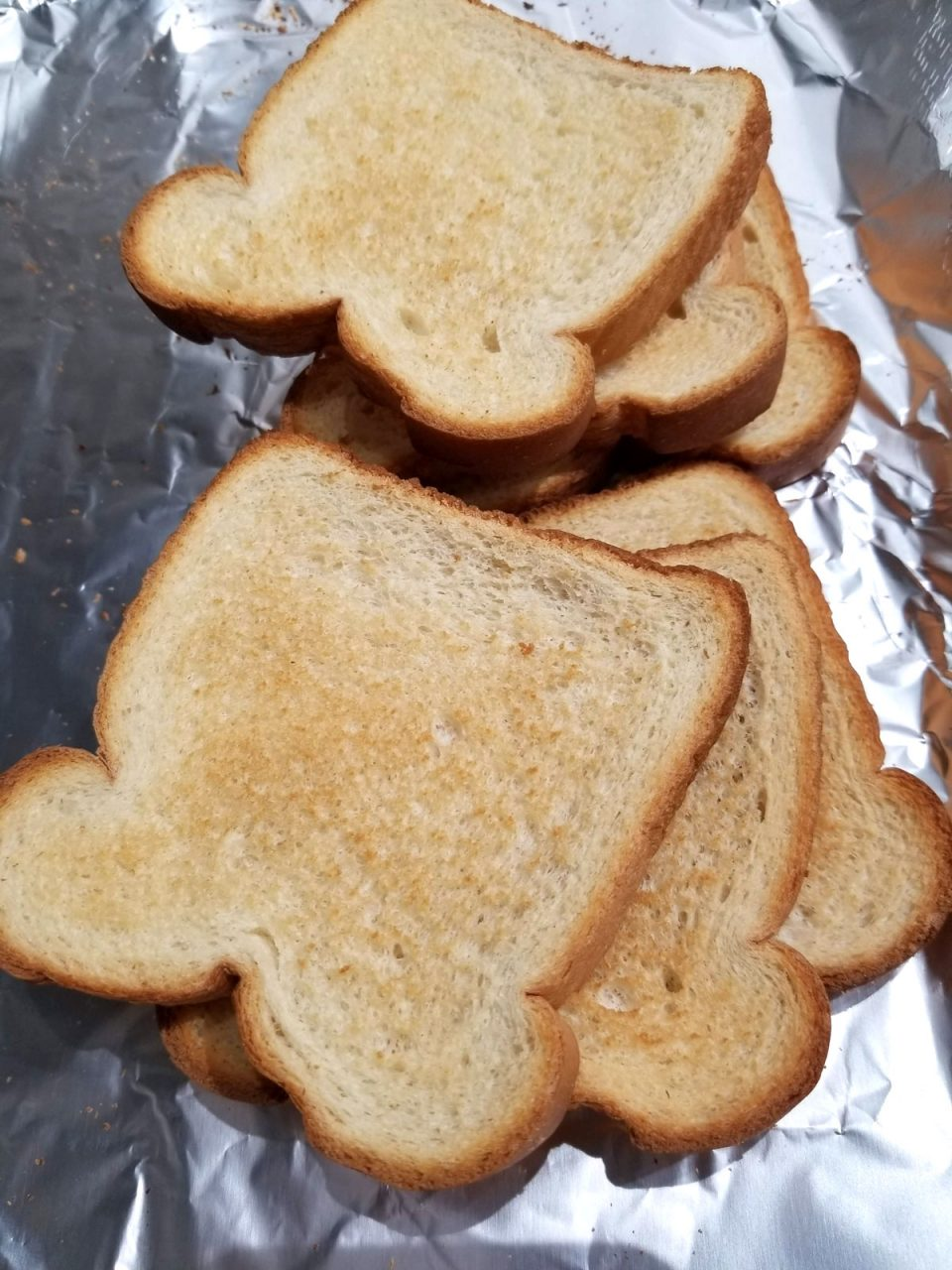 toast bread in oven