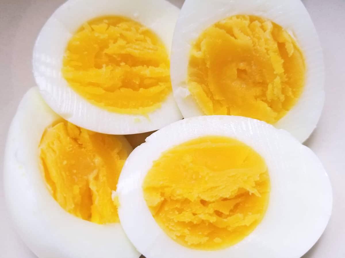 steamed boiled eggs