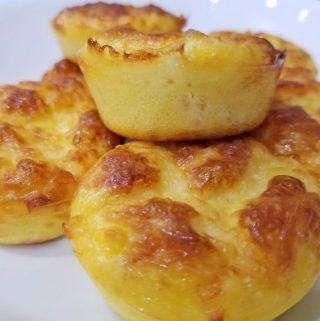 egg and cheese breakfast muffins