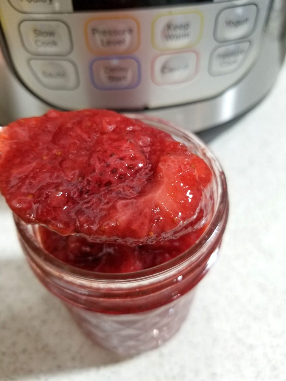 strawberry sauce in instant pot
