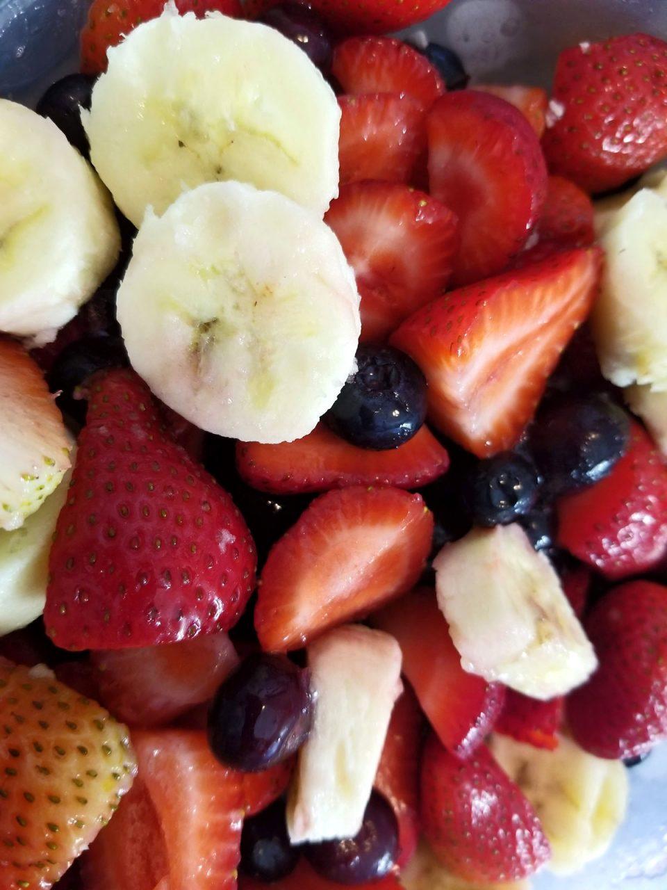 strawberry blueberry banana fruit salad