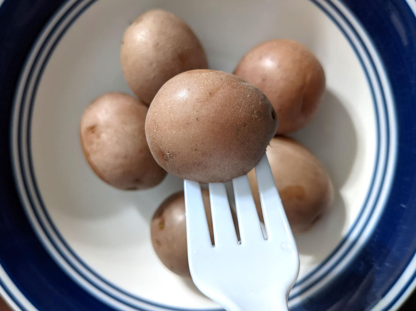boiled baby red potatoes