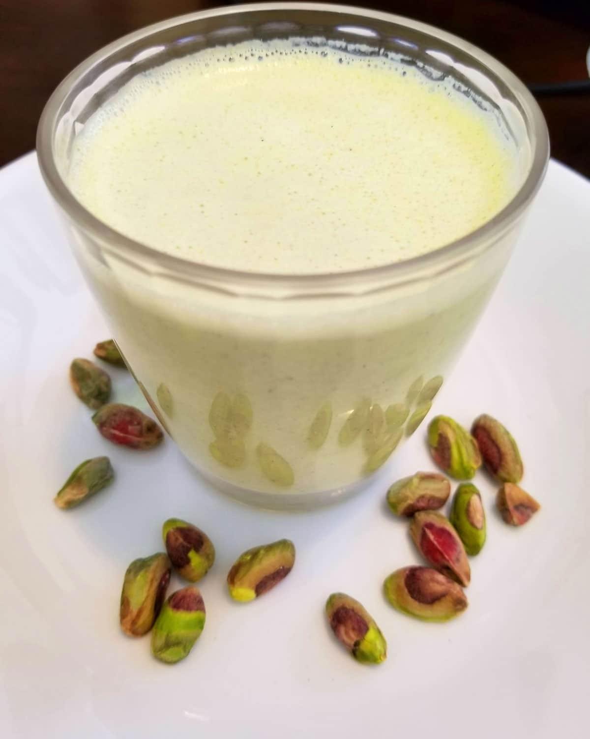 pistachio milkshake