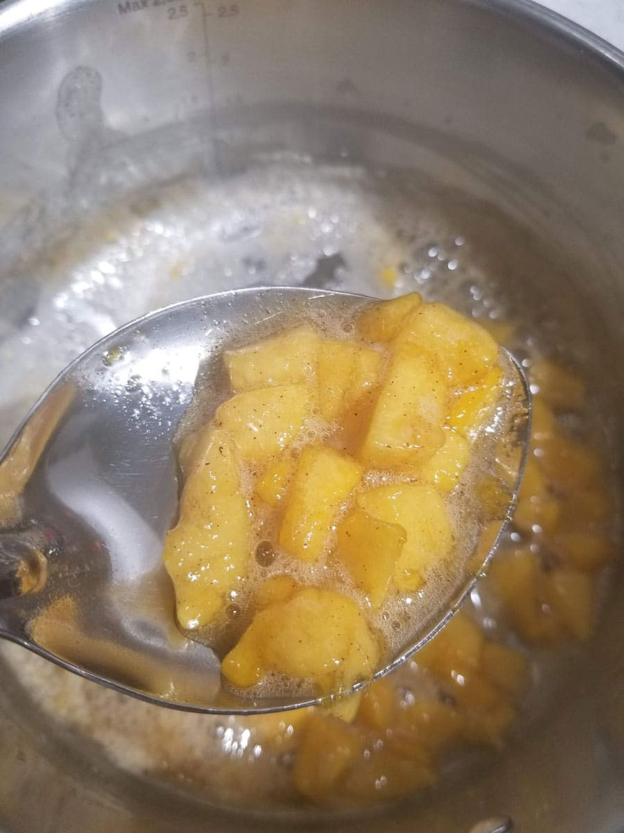 making peach syrup