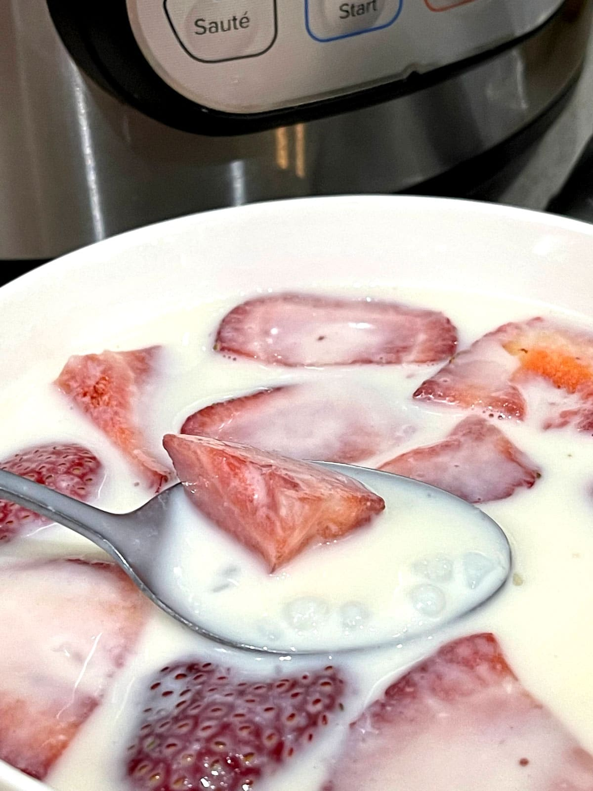 tapioca pudding with added strawberries