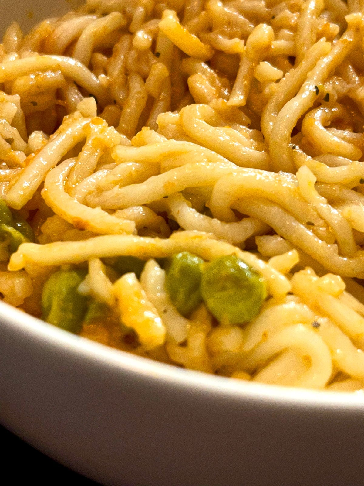 spicy garlic chili curry noodles